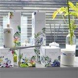 Designers Guild Geurkaars Nymphaea Sweet Pea & Sandalwood